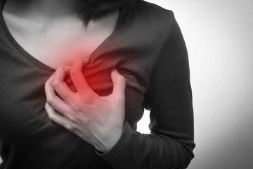 Gejala Serangan Jantung Pada Wanita: Waspadai Perbedaannya